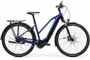 Blauwe elektrische fiets voor vrouwen